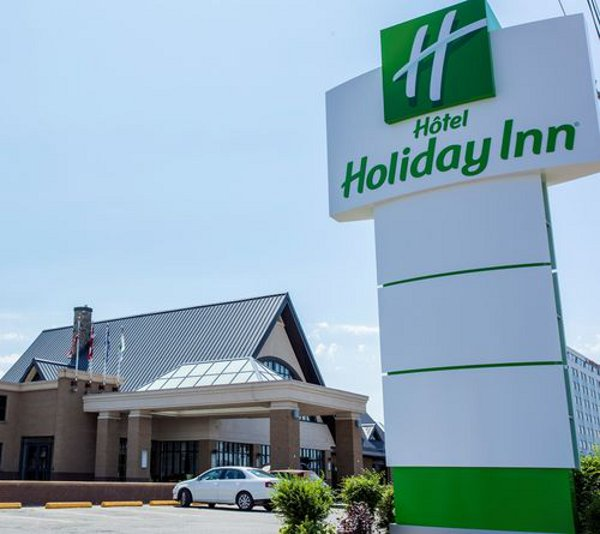 Holiday Inn Montreal Aeroport- Airport